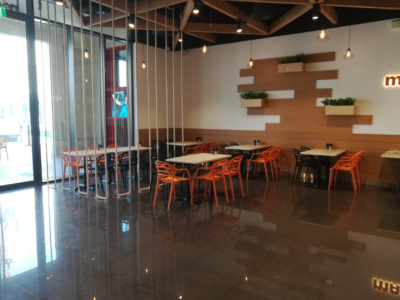 modern polypropylene restaurant furniture