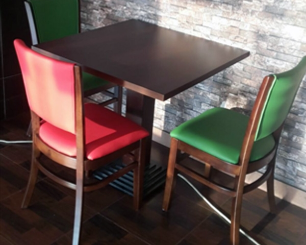 durable wood tables and Chairs for restaurants in Dubai