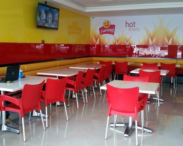 Fast food restaurant furniture in Dubai UAE