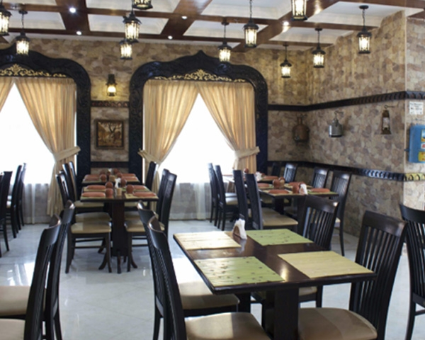 restaurant furniture - tables and chairs for Indian restaurants
