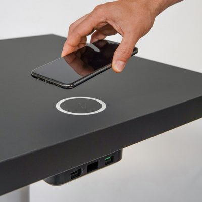 IPAN IPAN wireless chargers for restaurants & Cafes